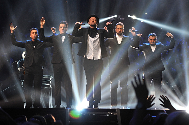 Yay NSYNC IS BACK! (SORT OF). Okay just for two minutes but still!